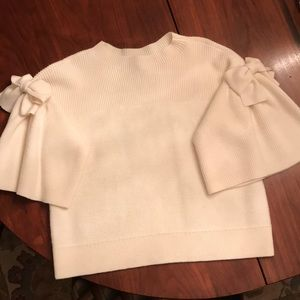 Size Large white Club Monaco pull over sweater
